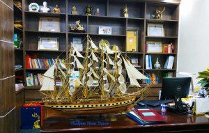 Tàu phong thủy để thu hút tài lộc và thịnh vượng