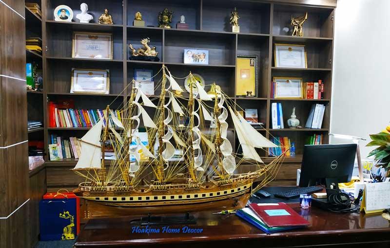 Tàu phong thủy