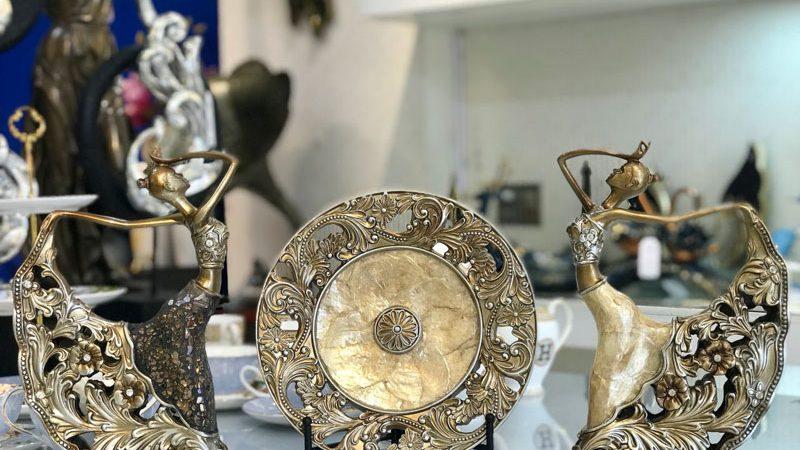 Bộ tượng múa và đĩa