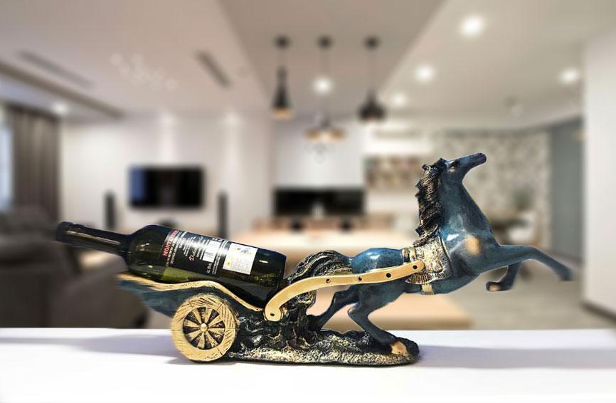 Kệ rượu ngựa kéo xe