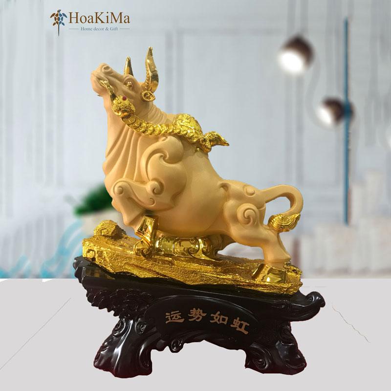 tượng trâu vàng trang trí hkm345